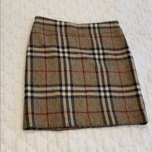 Burberry plaid lambs wool skirt